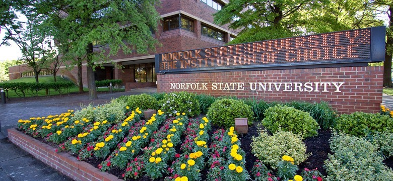 NSU welcome sign